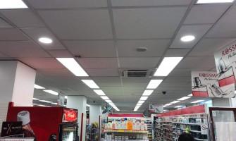 5000+ LED lámpatest beépítése a Rossmann Drogériákban