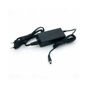 LED tápegység , 12 Volt , 24 Watt , 2 Amper , dugvillás
