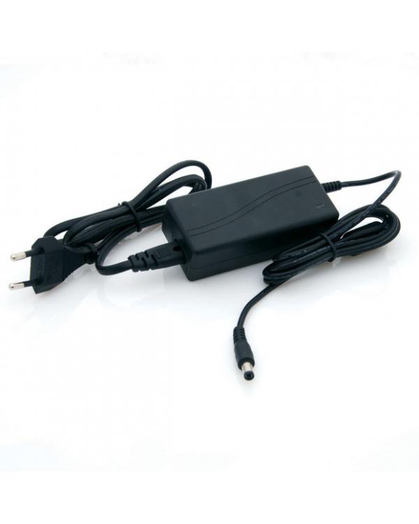 LED tápegység , 12 Volt , 80 Watt , 6,5A , dugvillás