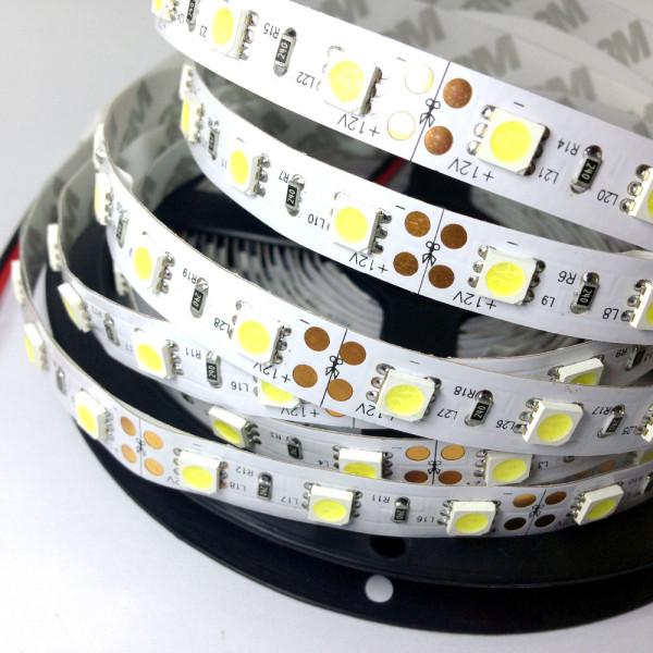 LED szalag , SMD 5050, 60 led/m , 9W/m , 1000 Lumen, hideg fehér méteres
