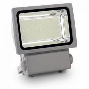 Nagy teljesítményű LED reflektorok